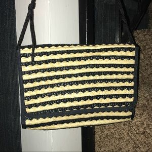 Handbags - Straw Clutch Crossbody